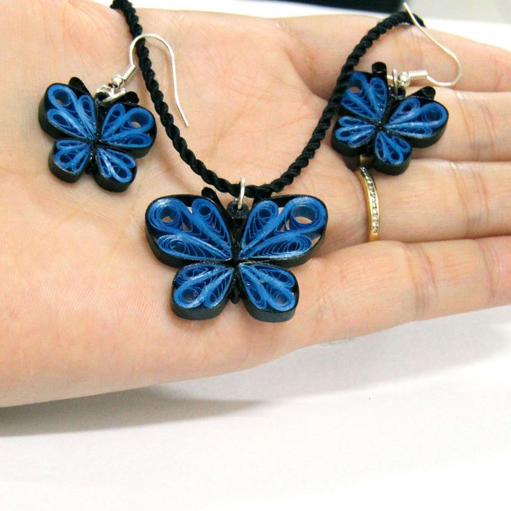 Quilling Earring Designs Butterfly : quilled butterfly earrings - Szukaj w Google quilling jewellery Pinterest Butterflies ...
