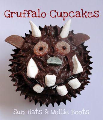 "cute cupcake idea to go with the book ""Gruffalo"", but this blog has lots of cute ideas for kiddos and beyond!"