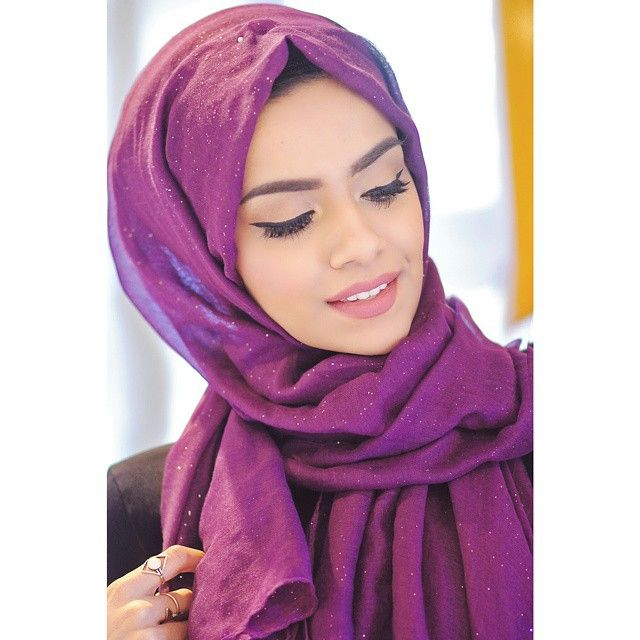 Obsessing over this shimmery hijab from @statementcollection.co.uk
