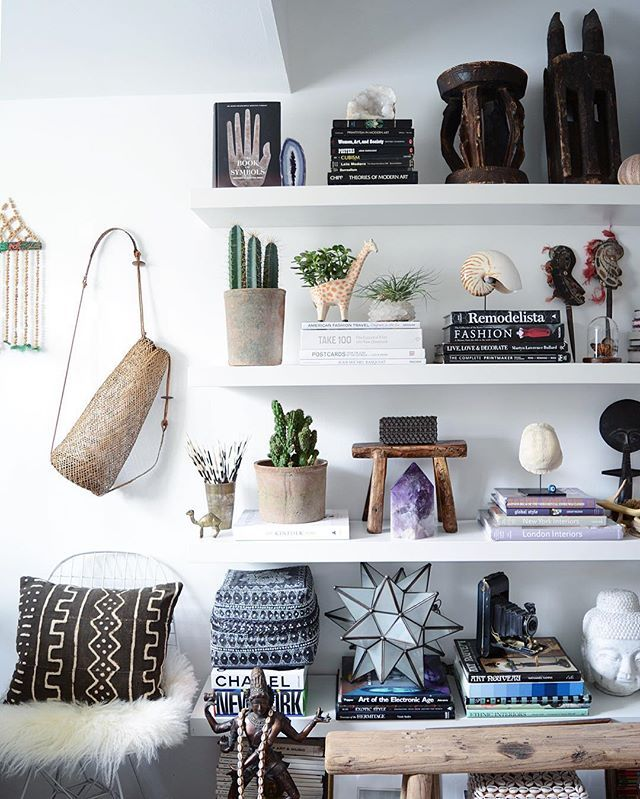 Beautifully collected bookshelf styling. @apartmentf15