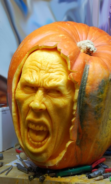 Amazing pumpkin carving by Ray Villafane
