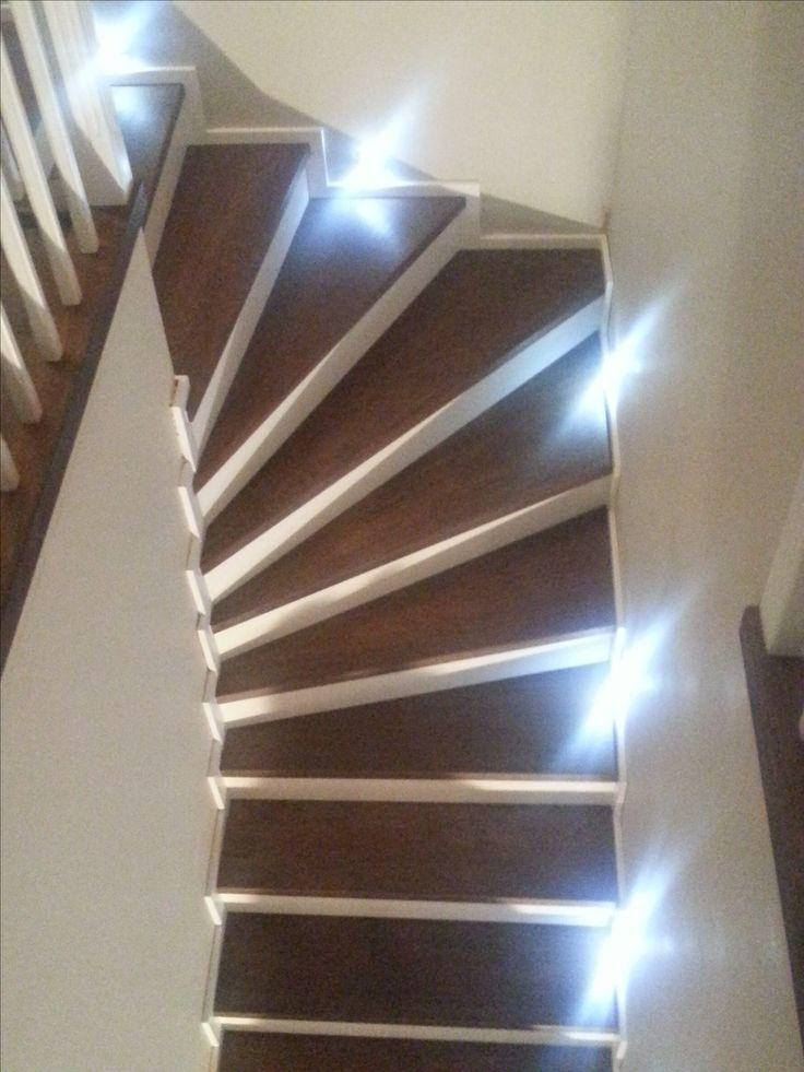 Sprzedaż i montaż schodów - dom prywatny. Schody