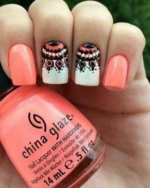 2 glossy peach nails and 2 half dreamcatchers - ummm...