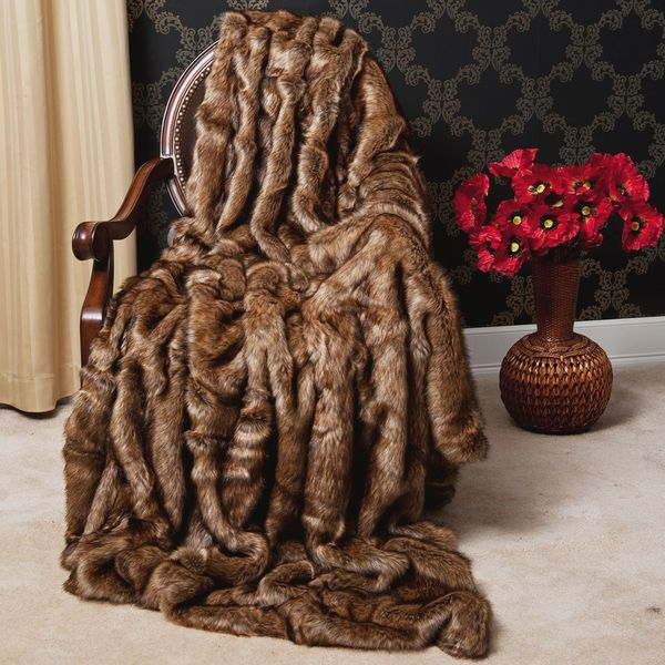 BEAUTIFUL LUXURIOUS BROWN FAUX SOFT PLUSH FUR THROW BLANKET - GORGEOUS -NEW!