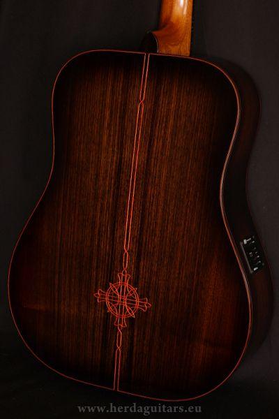 Herda - akustické gitary na zákazku, custom