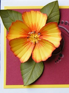 Hibiscus tutorial - very 3D, the sun for the center stamens is genius, the shaping of the petals can be used on other flowers, so can the leaves - tutorial ***************************************** Inspirational Techniques & Tutorials - #DIY #flowers #paper #crafts #papercrafts - tå√