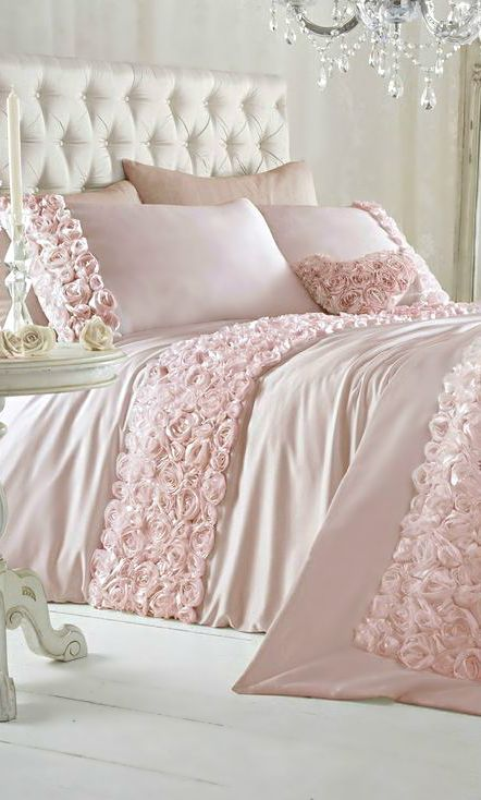 Pink roses adorned bedding