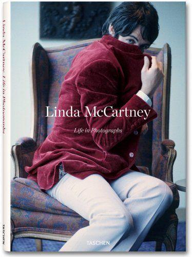 Linda McCartney: Life in Photographs: Annie Leibovitz, Martin Harrison, Alison Castle, Linda McCartney: 9783836527286: Amazon.com: Books