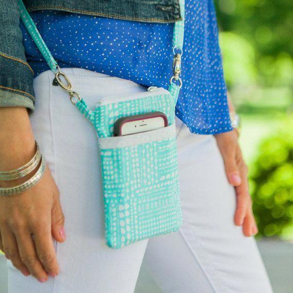 The Minimalist – PDF Sewing Pattern – Small Cross body Bag – Wristlet – Mini Messenger – Cell Phone Purse – Phone Case Wallet