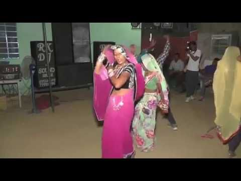 Indian Desi Bhabhi Dance at Shaadi Song
