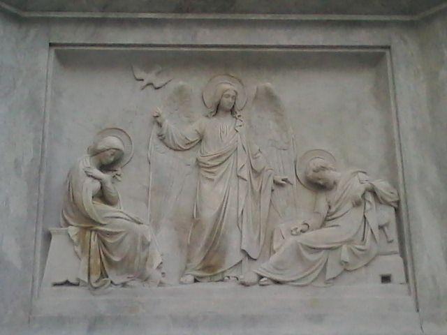 Arcangel y la Inmaculada Concepciòn Piazza Spagna Roma