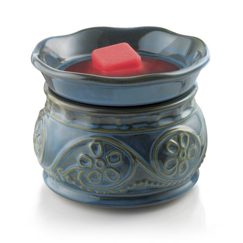 Scents of the Season with Glade Wax Melt Warmers. Can't wait to scent up the Nicholes Manor with it! #smellsclean