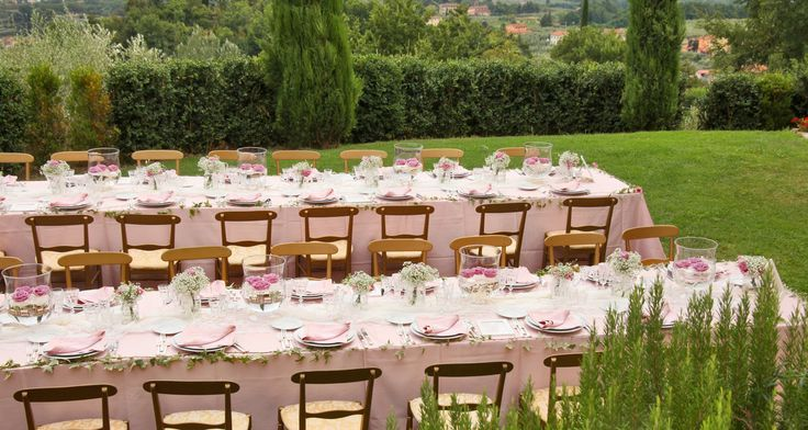 pink shades and gold touches for a formal outodoor lunch
