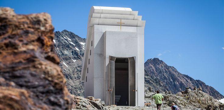 """Lohnt einen Besuch: Die """"Kapelle des weißen Lichts"""". ©Pitztaler Gletscherbahn, Daniel Zangerl"""