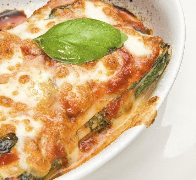 750 grammes vous propose cette recette de cuisine : Lasagne saumon épinards et sa sauce béchamel. Recette notée 3.9/5 par 112 votants