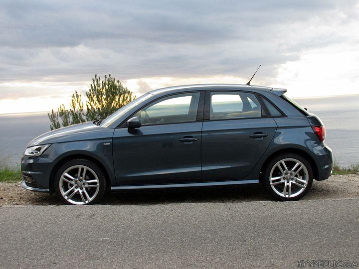 Neben dem Audi A1 in Nanograu konnten wir auch einen Audi A1 Sportback in Utopiablau Metallic mit der Audi design selection schilfgrün testen und probefahren. Das Auto verfügt über einen 1.0 TFSI ultra Motor welcher erst zum Marktstart im ersten Quartal 2015 erhältlich sein wird. Audi design selection schilfgrün Aluminium-Gussräder …