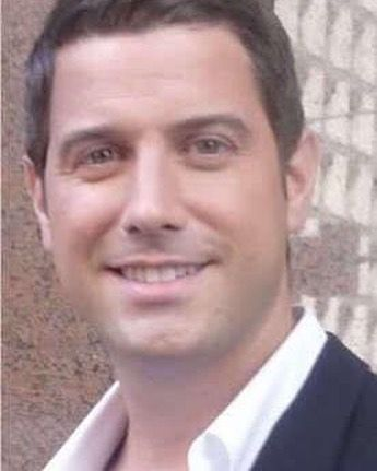 Sweet fresh faced Sébastien (yeh no beard personal choice!) shared by @elaineobrien25  #sebsoloalbum #teamseb #sebdivo #sifcofficial #ildivofansforcharity #sebastien #izambard #sebastienizambard #ildivo #ildivoofficial #seb #singer #sebontour #band #musician #music #concert #composer #producer #artist #french #handsome #france #instamusic #amazingmusic #amazingvoice #greatvoice #teamizambard #positivefans