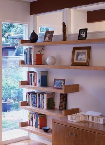 Simple design for DIY modern shelves