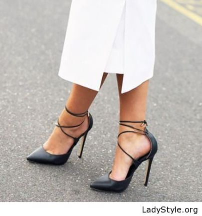 4f4b2bbf7597a1 Awesome black lace up pumps - LadyStyle