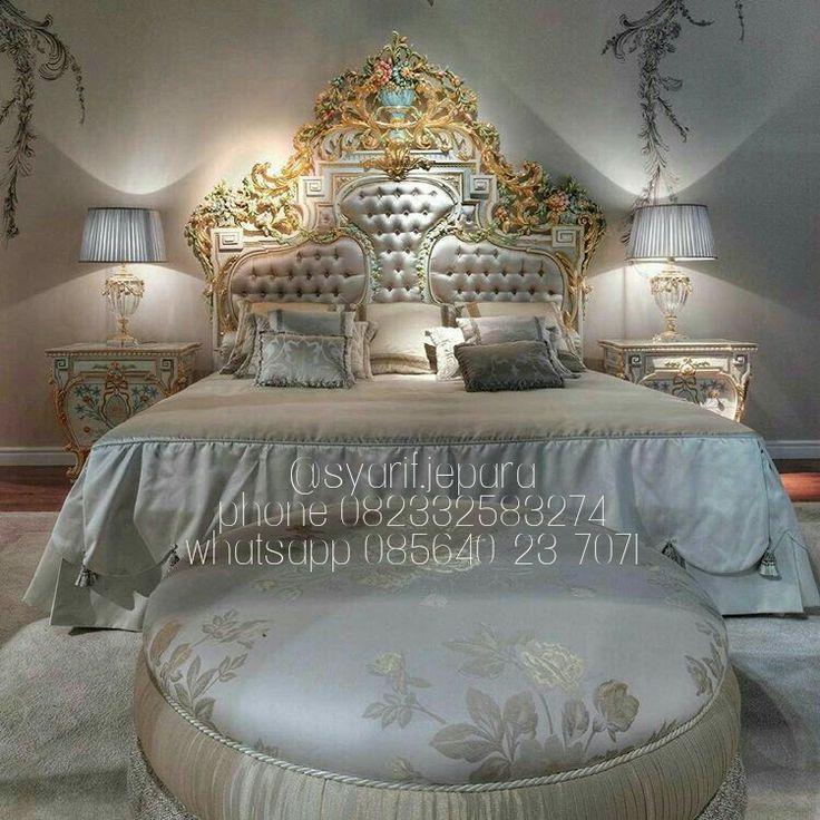 Product : Bedroom Patricia Material :  Kayu Mahoni Finishing : Cat Duco Kombinasi Price : Contact Us  Whatsapp 085640237071  Call 082331583274
