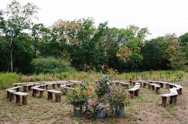 This would be a fun seating arrangement for an Innsbrook wedding.  www.innsbrook-resort.com/weddings