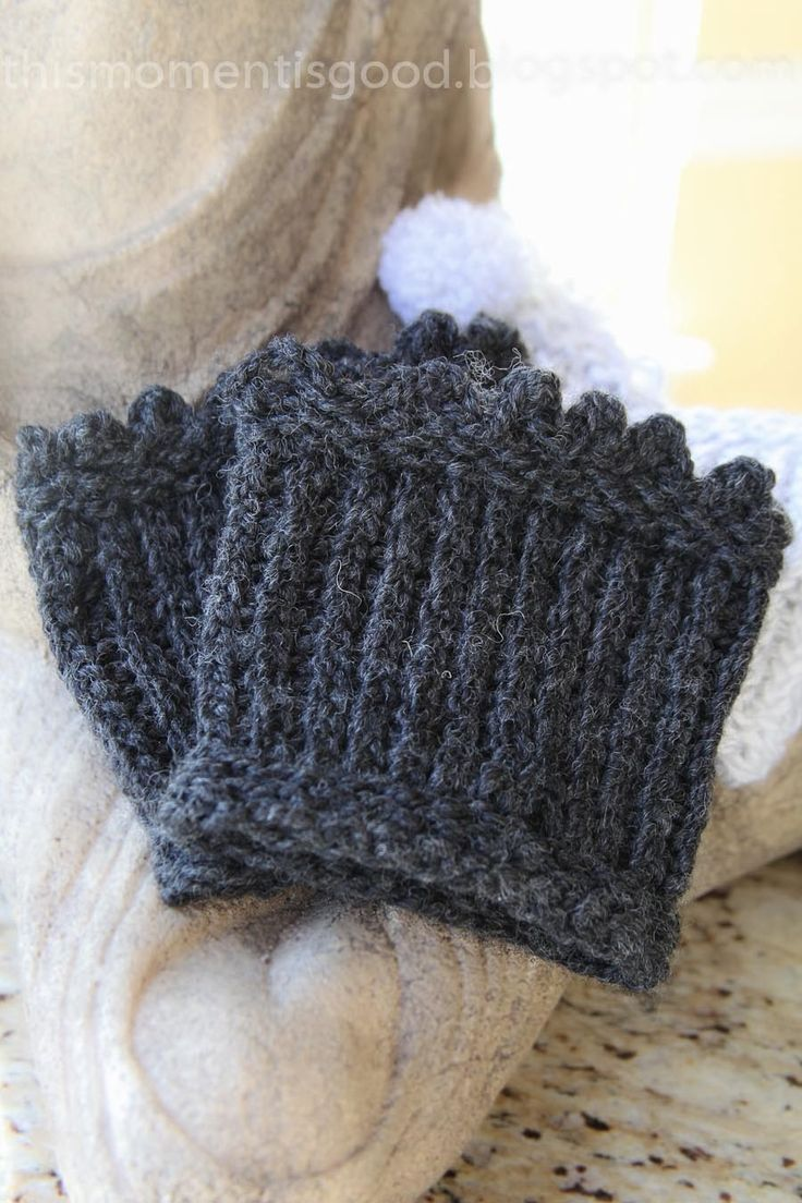 This Moment is Good...: LOOM KNIT PICOT EDGED BOOT TOPPERS/CUFFS