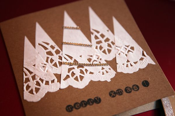 Doily Christmas Card - ideas for Christmas crafts - things to make with a simple paper doily