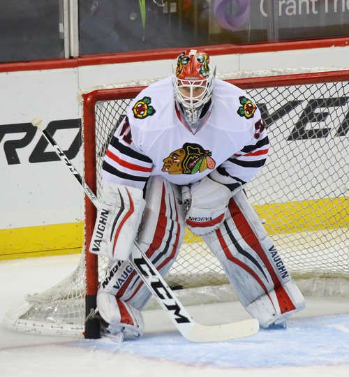 NEW YORK, NY - DECEMBER 15: Lars Johansson #31 of the Chicago Blackhawks tends net during warmups prior to the game against the New York Islanders at the Barclays Center on December 15, 2016 in the Brooklyn borough of New York City. (Photo by Bruce Bennett/Getty Images)