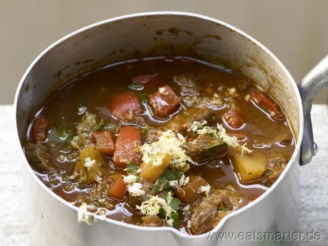 Gulaschsuppe - smarter mit Paprika und Kartoffeln - smarter - Kalorien: 234 Kcal | Zeit: 70 min.