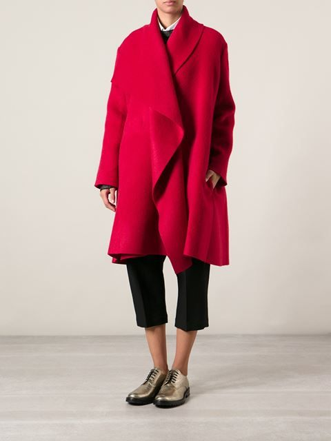 #Lanvin #oversized #coat #red #fallstyle