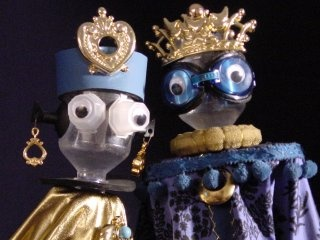 #stokpoppen, #puppets #stickpuppet #PoppentheaterPeterselie