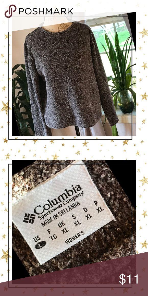 Beautiful Columbia Sportswear sweater 💕💋 Gorgeous camp sweater by Columbia Sportswear 🌵🦋💋Great condition 💋💕 Columbia Sweaters Crew & Scoop Necks