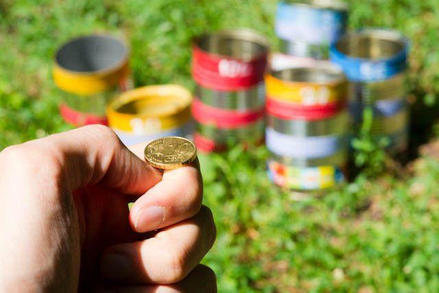 Spiele für den Kindergeburtstag - Münzen werfen