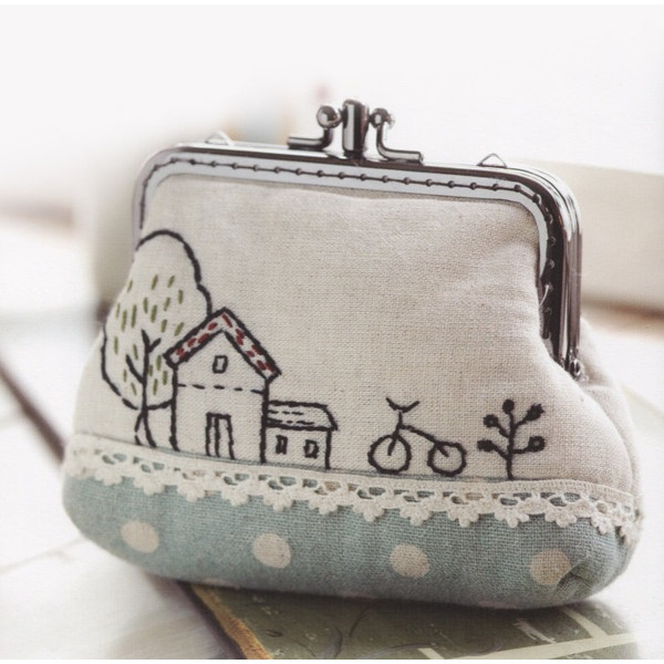 PDF Pattern of Sweet Home House coin purse wallet clip handbag bag cotton sewing quilt applique patchwork art gift ($5) found on Polyvore