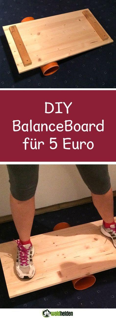 Core Training mit dem Balance Board. Ein Balance Board selber bauen ist gar nicht schwer, geht schnell und kostet weniger als 5 Euro. Aber von Anfang an. So ein Balance Board (Wikipedia), auch als Indo Board bekannt, trainiert gleichermaßen Gleichgewichtssinn und