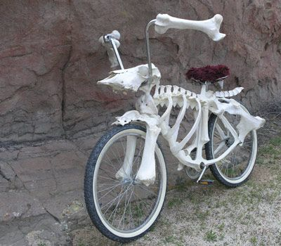 skeleton bike....different.  I'm not sure which board to pin it to!  Bicycles, or sculptures??