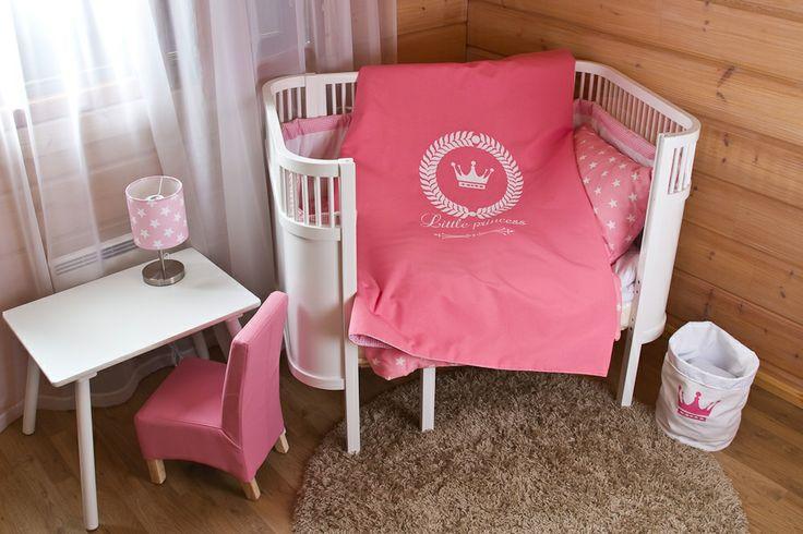 Cot bed quilt Princesse* Prinsessa- pinnasängyn päiväpeitto