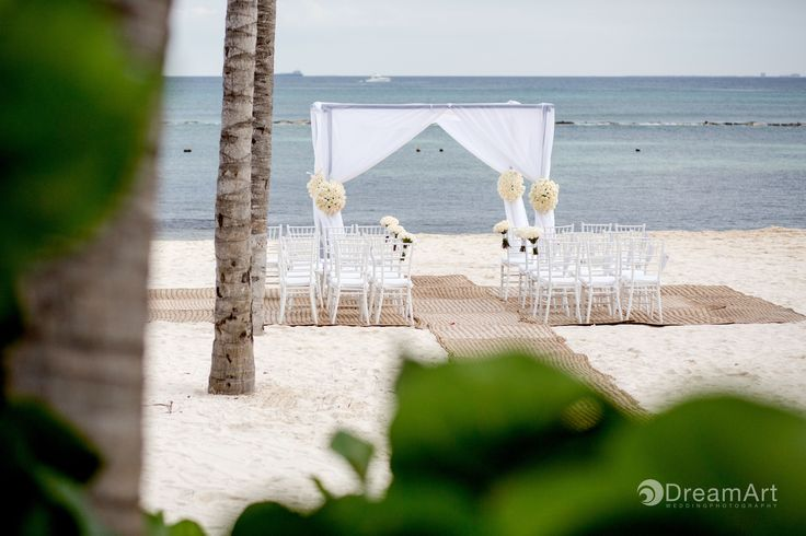 Beautiful wedding ceremony set up at @gvrivieramaya. Photo courtesy of #DreamArtPhotography.