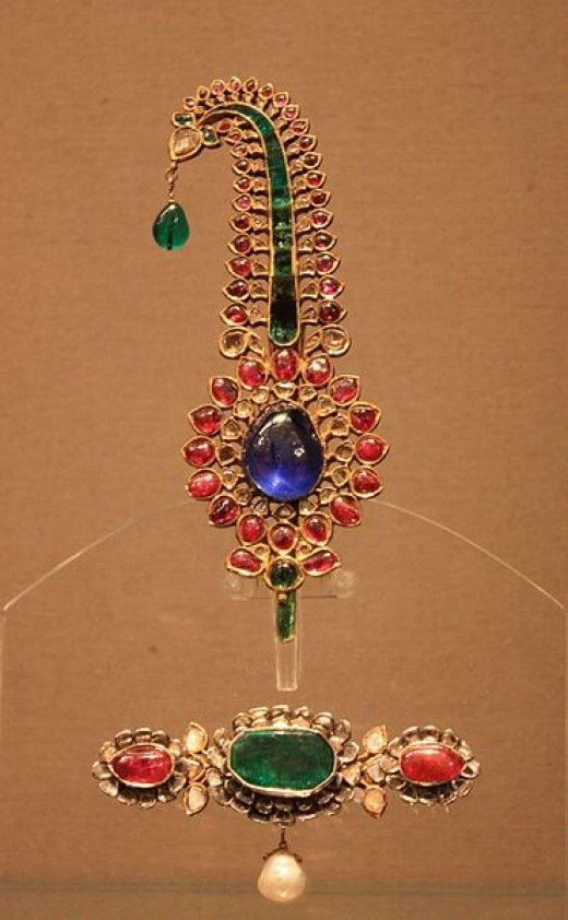 Mughal Jewelry ~ Royal and antique jewelry of North India-Mughal turban ornament made of gold and precious gemstones