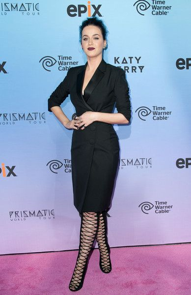 "Katy Perry Photos - Singer Katy Perry arrives at the Screening Of EPIX's ""Katy Perry: The Prismatic World Tour"" at The Theatre at Ace Hotel Downtown LA on March 26, 2015 in Los Angeles, California. - Screening Of EPIX's 'Katy Perry: The Prismatic World Tour' - Arrivals"
