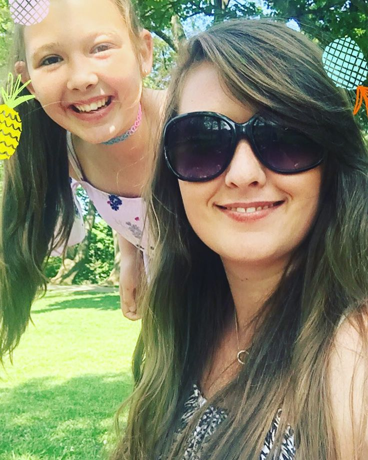 "Sarah Ingham on Instagram: ""#beautiful #beautday #fun #happy #sarahingham #isabelleingham #pineapple #picnic #sun #sunnydays #sunny #free #happy #mummydaughter #summer"""