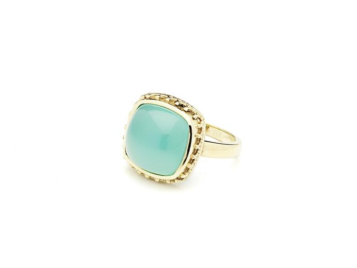 Ring 14 carat gold with chalcedony. Eelz Amsterdam www.eelz.nl