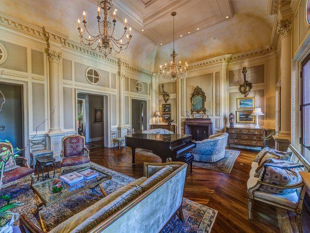 Inside Nashville 39 S 15 Million Dollar Home Nashville