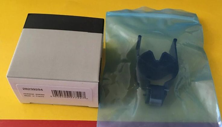 4pcs / Lot Brand New 28239294 Black Control Valves 9308Z621C 9308-621C 28440421 for Delphi Common Rail Injector Valves