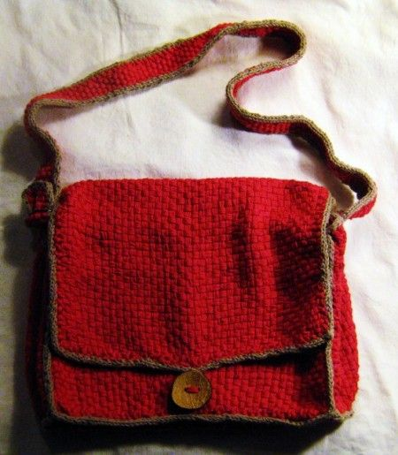 how to make a woven yarn bag