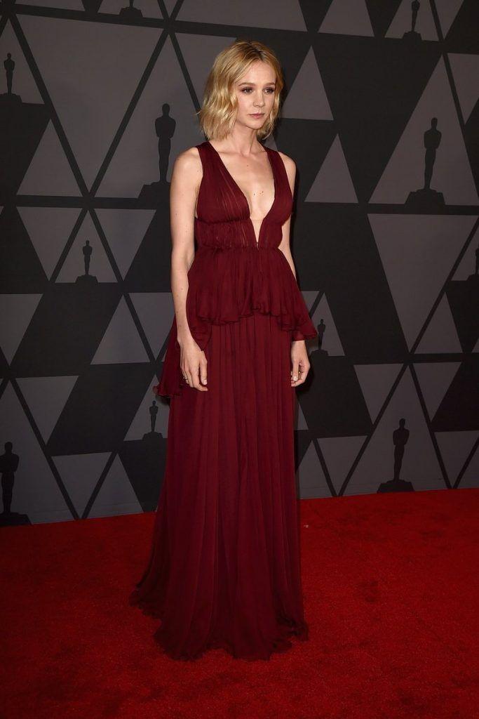 Carey Mulligan In Giambattista Valli Couture – 9th Annual Governors Awards 2017