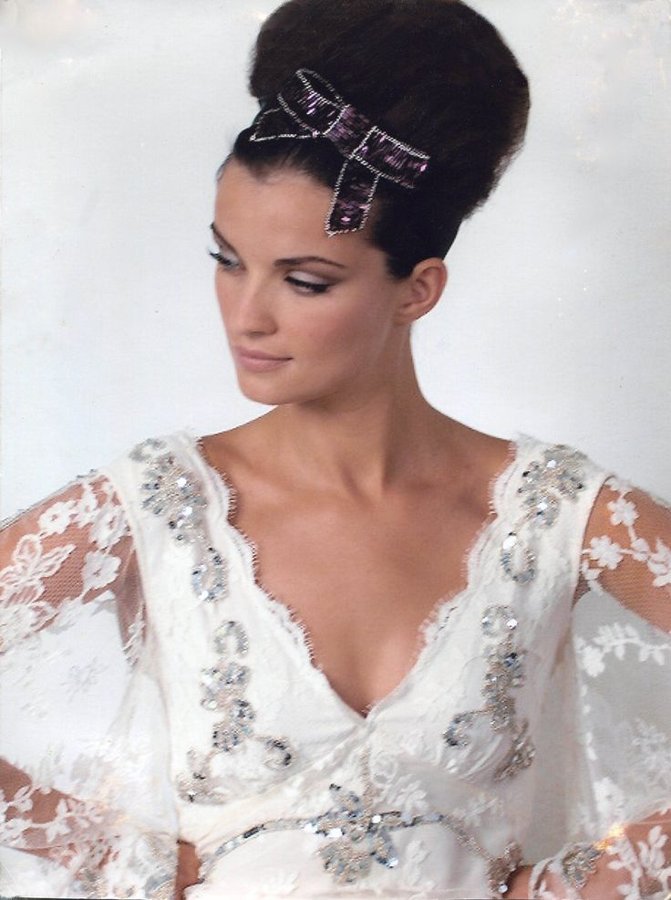 Hand beaded bow headpiece by Stacey Hannan http://www.staceyhannandesigns.com/
