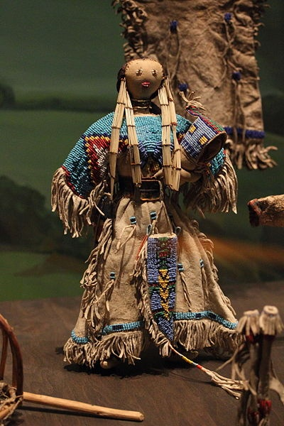 File:Doll, American Indian museums.JPG