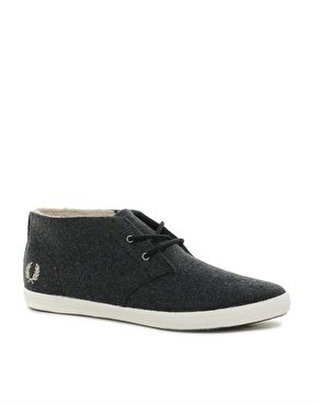 Fred Perry | Fred Perry Byron Mid Shearling Chukka Boots at ASOS