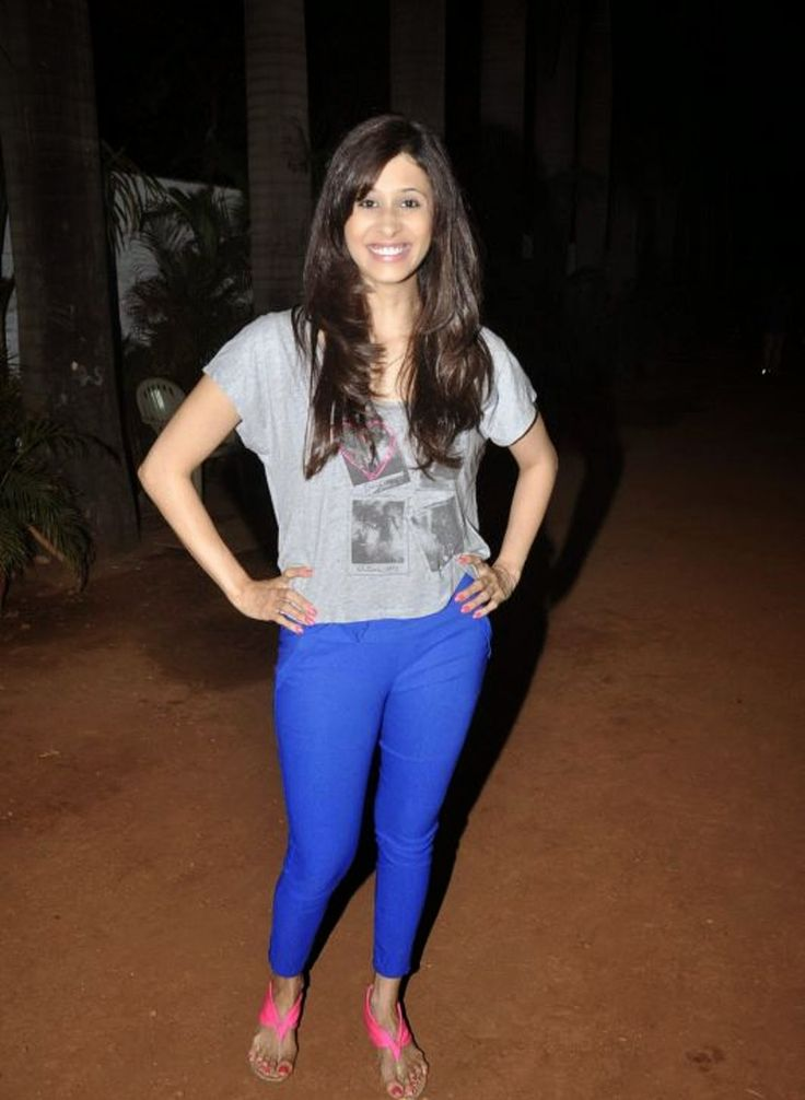 Kishwar Merchant Bio, Age, Height, Boyfriend Info| Bigg Boss 9 Contestant. Kishwar Merchant Bigg Boss 9 Contestant Biography and Biodata.